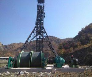 Winche Para Minería Con Doble Tambor En Sitio De Trabajo